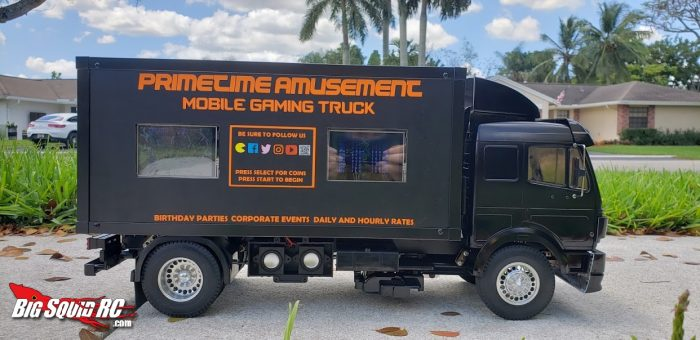 EVERYBODY'S SCALIN' – MOBILE GAMING TRUCK!