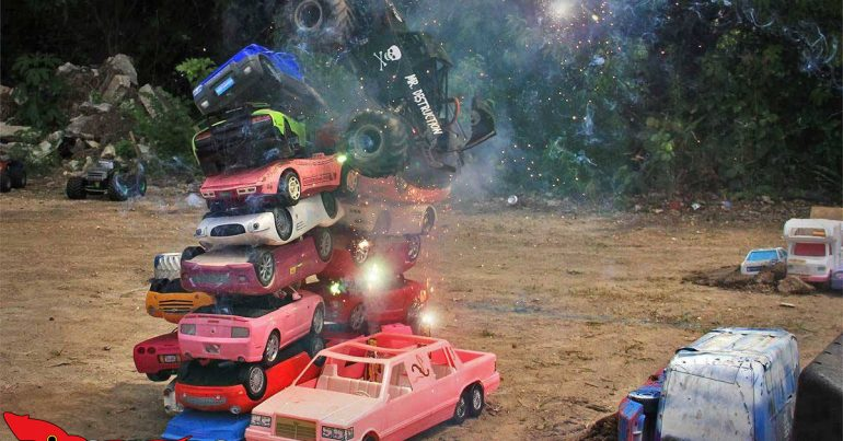 Monster Truck Madness – You're a Firework