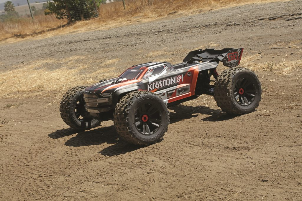 Beast Mode On – The 1/5-Scale Kraton 4×4 8S BLX Brushless Speed Monster Truck RTR